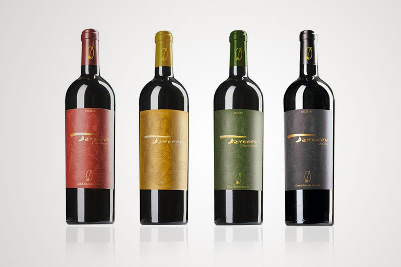 Progettazione grafica etichette vino studio labeling vino Tarucco Azienda agricola siciliana